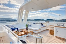 Calliope Yacht Bridge Deck - Photo Nicolas Claris